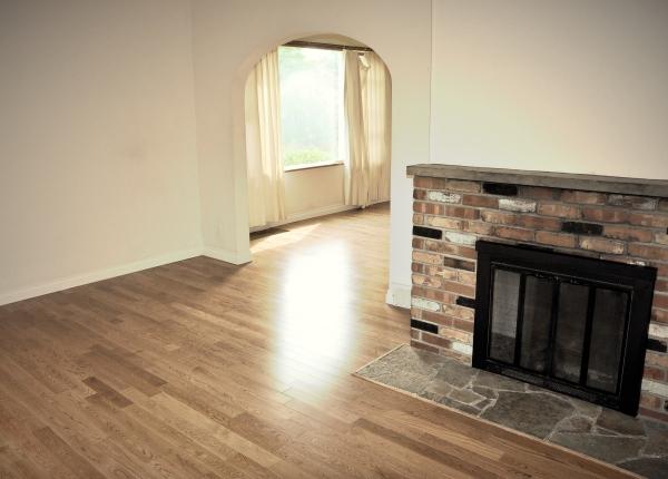 living room, 2010